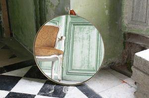 Spiegel Magellan