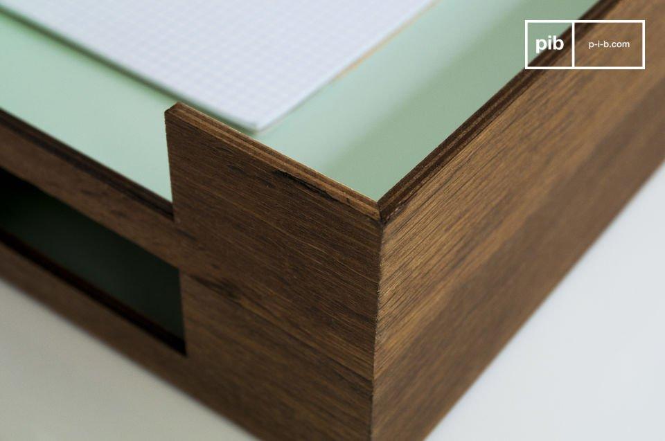 Dieser Dokument-Sammler im Vintage-Design ist sehr passend für Ihr Büro oder Ihren Eingang und