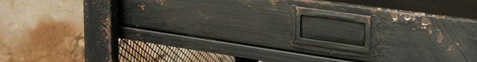 Materialbeschreibung Regal mit Briefsortierfächern