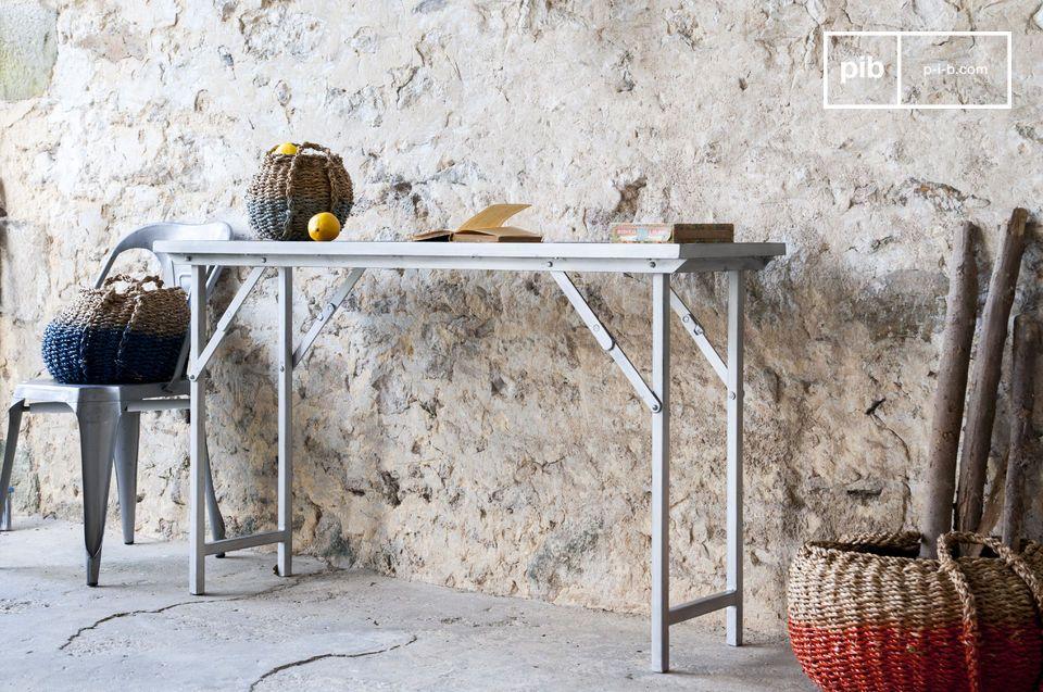 Konsole oder Schreibtisch, einklappbar und robust