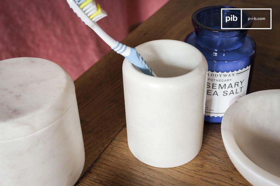 Stifte Behälter oder Zahnputzglas, die Eleganz hellen Marmors